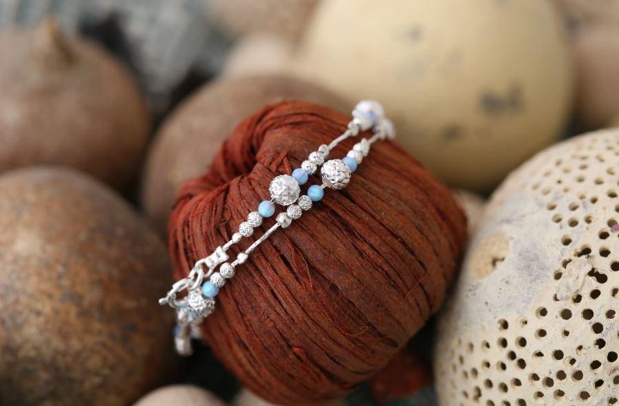 d68fd38141cc0 Sparkling Silver Blue Opal Bracelet