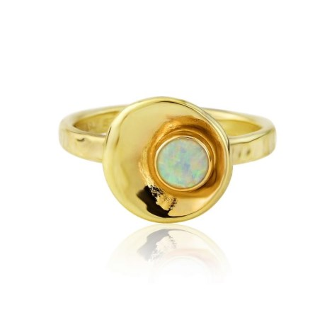 Gold hammered small oyster with white opal ring | Image 1