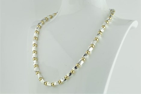 Gold and silver twist necklace | Image 1