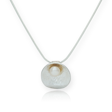 Sterling Silver Pearl Oyster Pendant | Image 1