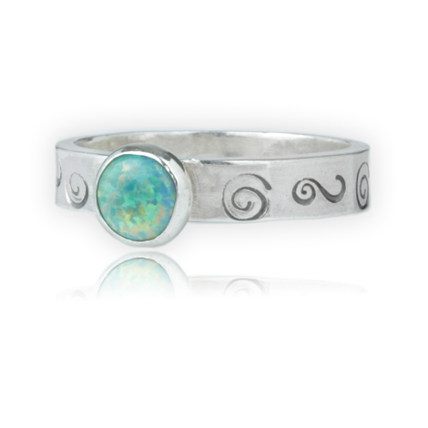 Silver and Green Opal Ring | Image 1